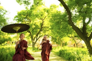 Myanmar-Reisen - Kinder Mönche