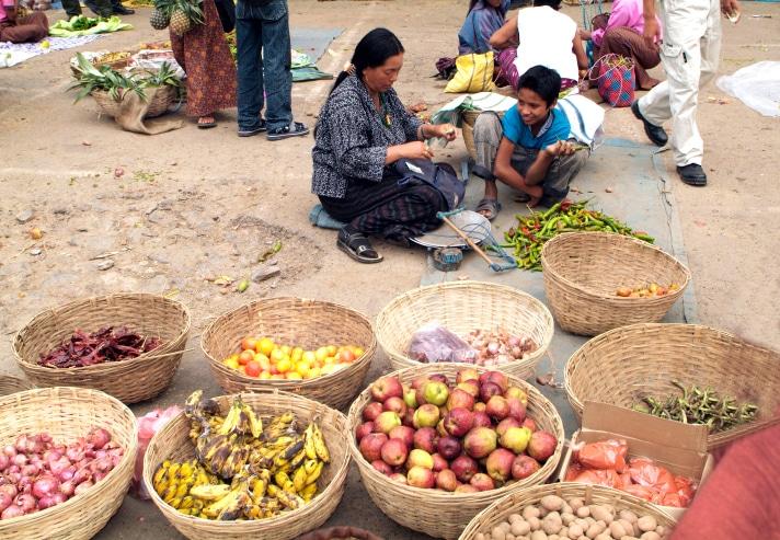 Traditionelle Küche in Bhutan - Rundreisen - Gruppenreisen und ...