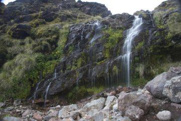 Wasserfall - Tongariro Crossing - Neuseeland im April