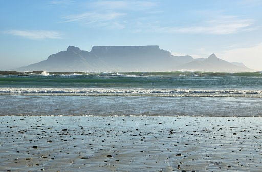 Blick vom Blouberg Strand auf den Tafelberg