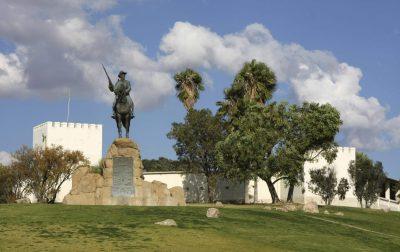 Namibia Gruppenreise - Namibia Familienurlaub - Alte Feste - Sehenswürdigkeit Windhoek - Namibia