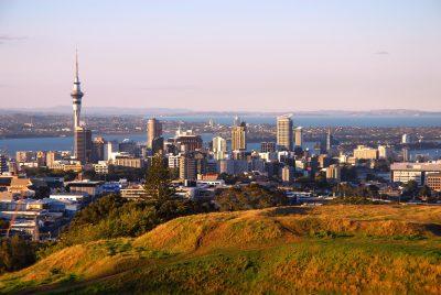 Auckland in der Daemmerung - Neuseeland