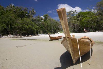 Thailand Studienreise - Boot am Strand - Phuket - Thailand