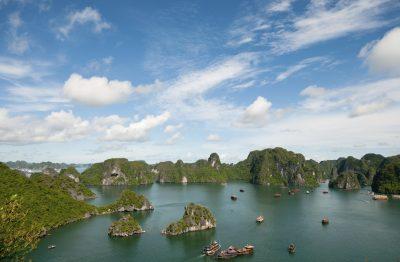 Boote in der Halong Bucht - Vietnam