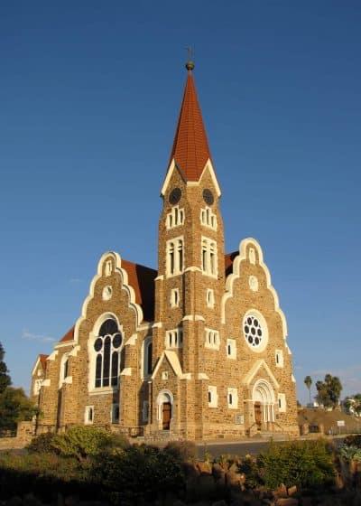 Namibia Kleingruppenreise - Namibia Abenteuerreise - Christuskirche - Windhoek Sehenwürdigkeit - Namibia