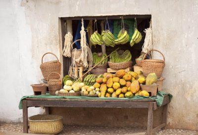 Madagaskar Gruppenreise -Gemuesestand am Straßenrand - Atananarivo - Madagaskar