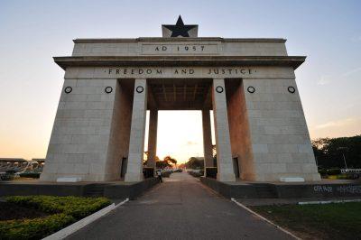 Burkina Faso Gruppenreise -Independance Arch - Accra - Ghana