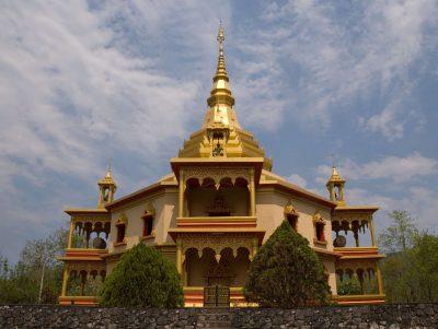 Kambodscha Laos Rundreise -Laos Vietnam Gruppenreise -Peace Pagode - Luang Prabang - Laos