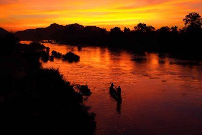 Kambodscha Laos Vietnam Rundreise -Vietnam große Rundreise - Vietnam Rundreise -Sonnenuntergang - Mekong