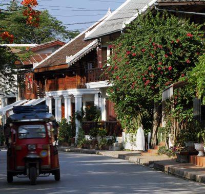 Laos Erlebnisreise -Laos Kambodscha Gruppenreise -Laos Individuelle Rundreise -Strasse - Luang Prabang - Laos