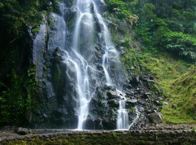 Wasserfall - Azoren - Portugal