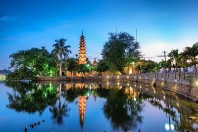 Vietnam Rundreise - Blick auf die Tran Quoc Pagode - Hanoi