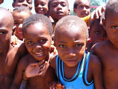 Sao Tome und Principe Rundreise -Lachende Kinder - Sao Tome e Principe