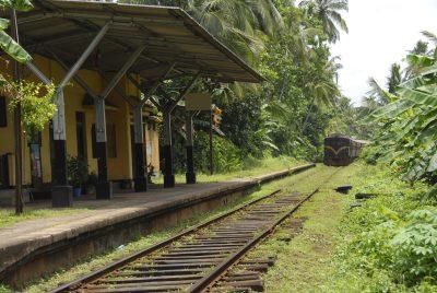 Sri Lanka Rundreise - Bahnhof Zug -Anuradhapuraya- Sir Lanka