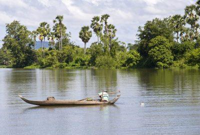 Laos Kambodscha Rundreise -Kambodscha Laos Vietnam Rundreise -Fischer auf dem See - Tonle Sap - Kambodscha