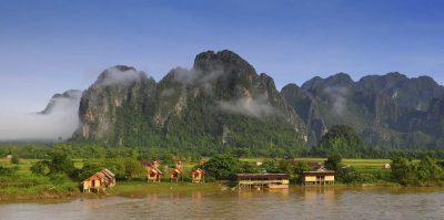 Laos Kambodscha Rundreise -Flusslandschaft - Vang Vieng - Laos