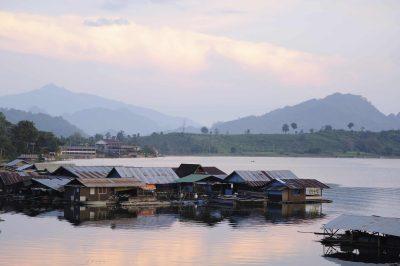 Thailand Erlebnisreise - Thailand Individualreise -Flusssiedlung - Mekong - Thailand