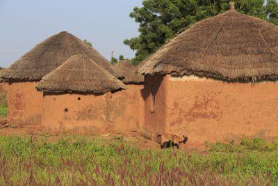 Burkina Faso Gruppenreise -Lehmhuette - Ghana - Rundreise