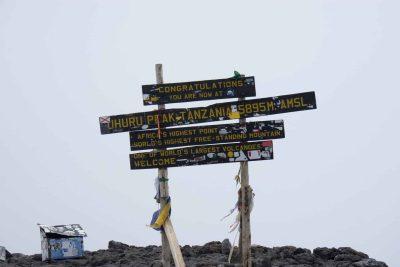Wegweiser - Gipfel des Mount Kilimanjaro - Tansania