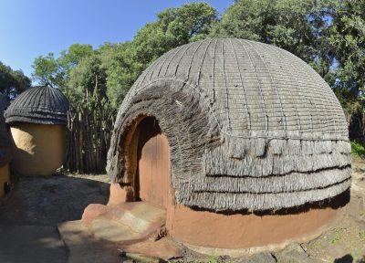 Grashütte - Museumsdorf Shakaland - Suedafrika