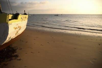 Mosambik Rundreise -Sonnenuntergang am Strand - Bazaruto - Mosambique